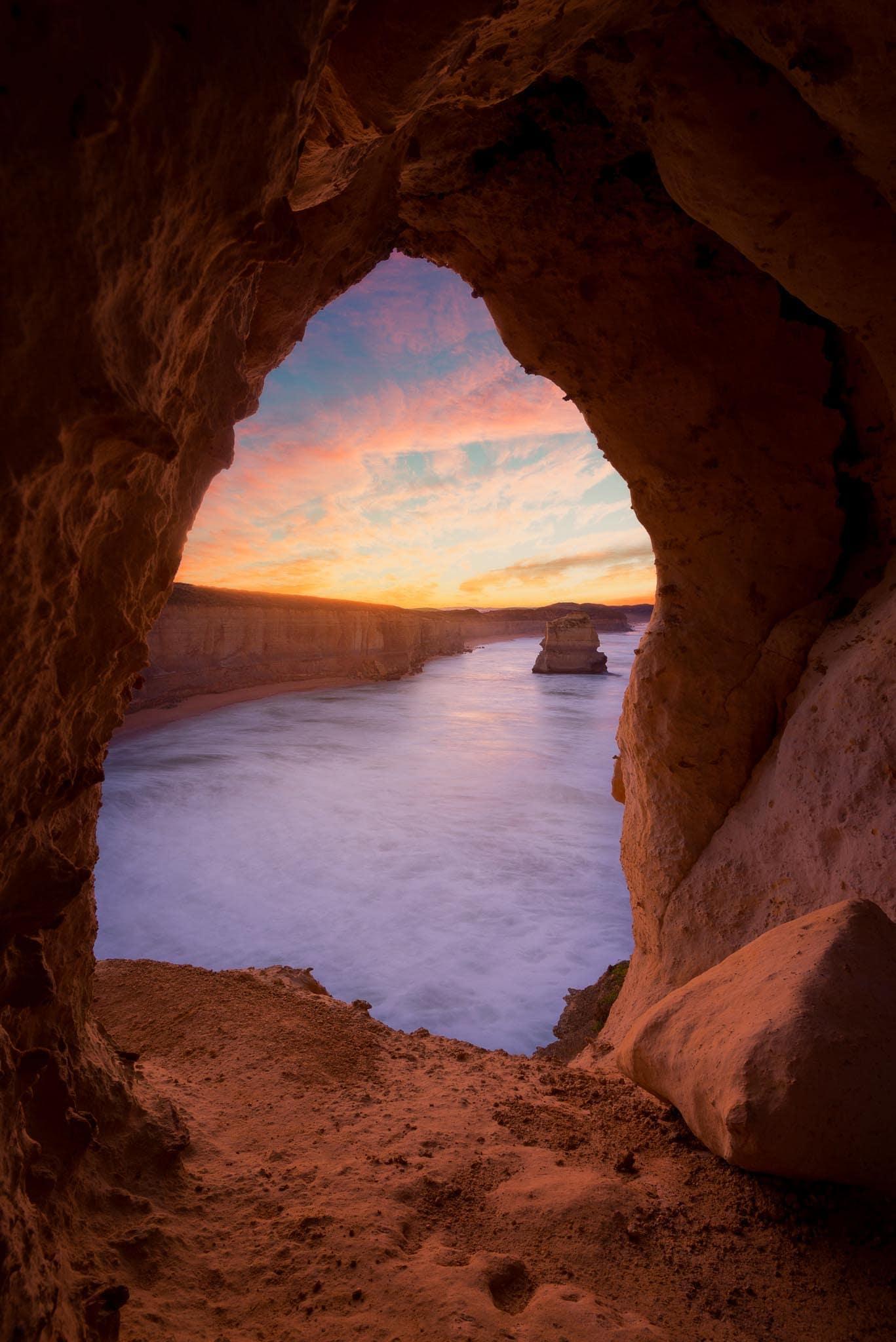 twelve apostles cave